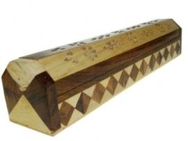 Wierookstokjes brander en bewaardoos 2 kleuren hout