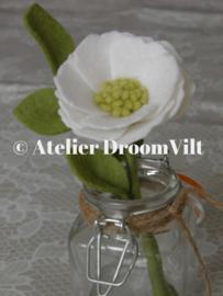 Patroonblad 'Witte bloem in een vaasje'