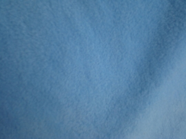 Polar fleece kleur babyblauw   € 5,00 per meter Art FB635