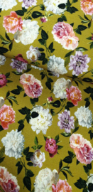 Soepele  tricot  met bloemen  print € 10,- p/m  - 40 cm voor