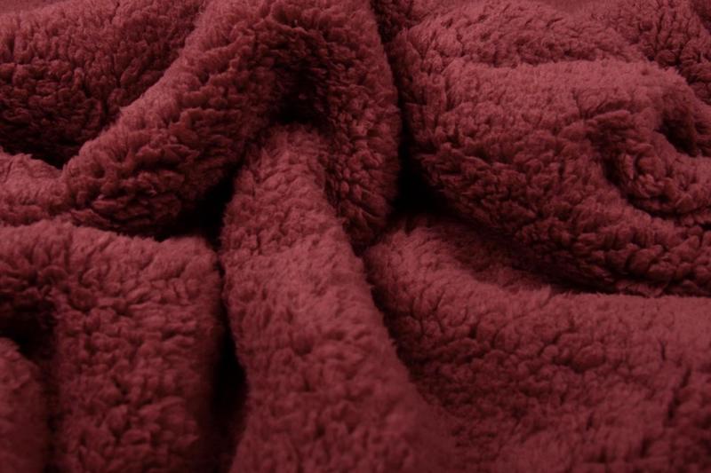 Teddy stof bordeaux rood   Art 014 - 50 cm voor