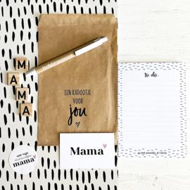 Kadootje voor mama || Notitieblok A6 + pen + minikaart + sticker + kadozakje || per 5 st