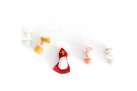 Sinterklaasslinger Sint + 4 pietjes