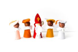 Sinterklaasfiguren traditioneel