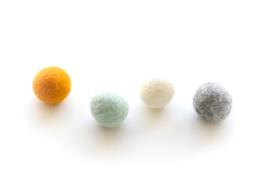DOT.| Viltslinger white/mint/oker/grey melange - 15 bolletjes