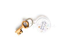 "Sleutelhanger Stationary + houten sleutel "" Bedankt lieve juf"""