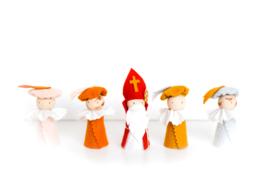 Sinterklaasfiguren | Sint + Mix Pieten 2x roetveeg/2x ongeschminkt