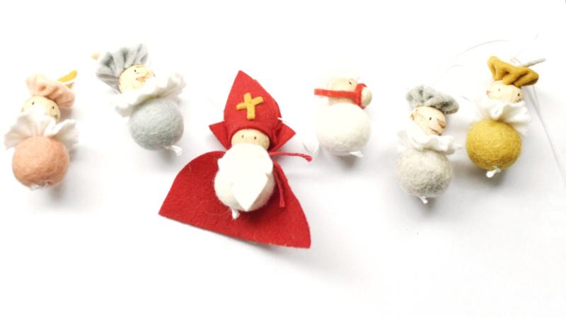 Sinterklaasslinger Sint + paard + 4 pietjes