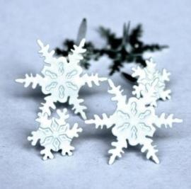 Eyelet Outlet Shape Brads, Snowflakes - zakje 12 stuks
