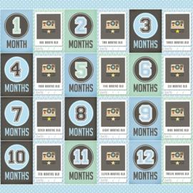 Baby Boy  - The first 12 months - dubbelzijdig scrapbookpapier - 30.5 x 30.5 cm