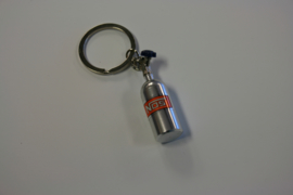 Nos fles sleutelhanger zilver