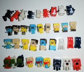 10 mini figuurtje Minecraft 2-3cm - niet naar keuze