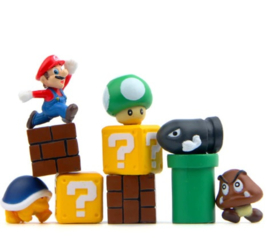 set G 10 mini figuren  Mario  2cm