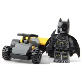 1 poppetje Batman met auto