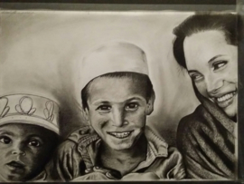 Angiolina Jolie en kinderen - A3