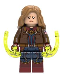 1 figuur Captain Marvel C