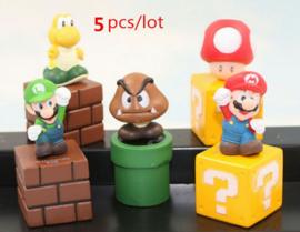 set H 5 figuren  Mario  3-6cm