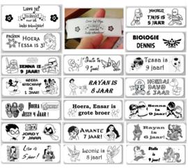 1 Label  - thema, maat en tekst naar keuze