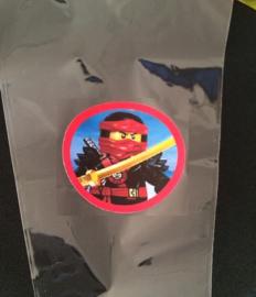 1 puntzakje groot 36x18cm met sticker Ninjago