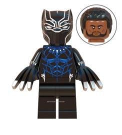 1 poppetje Black Panther b