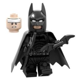 1 poppetje Batman E