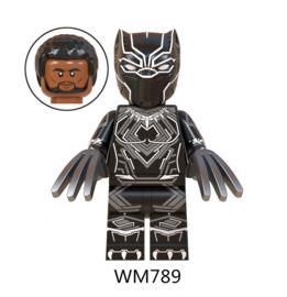 1 poppetje Black Panther a