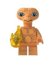 1 poppetje E.T.