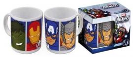 1 Porselein mok met doos  Avengers