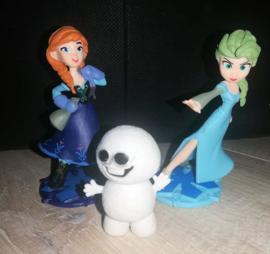 set Anna en  Elsa 10cm + Sneeuwpop 5cm