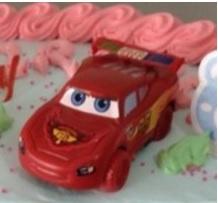 1 figuur Cars - Lightning McQueen 7,5x3,5cm