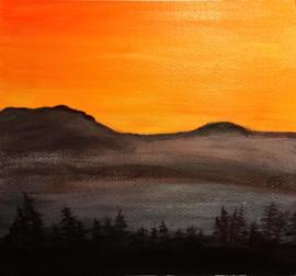 De zon achter de heuvels . Christa