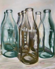 Stilleven van glazen flessen . Charlotte.