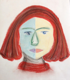 Vrouw met rood haar.