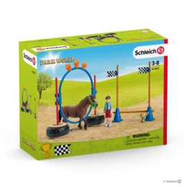 Schleich agility training race 42482