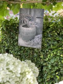 Tuinposter stoer Nepalese kruik/dadeltak