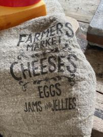 Shabby linnen lap Farmers Cheeses /Eggs