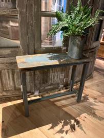 Oud houten wandtafeltje / sidetable
