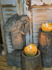 Stenen Ram op console