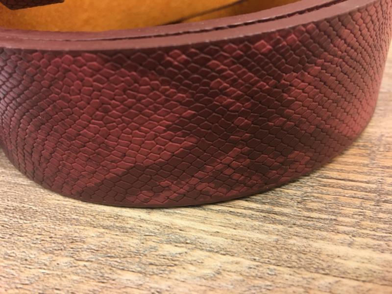 Zaza's riem  slangenprint Roze Rood