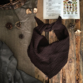 Triangle Scarf Dark Brown
