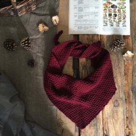 Triangle Scarf PLum