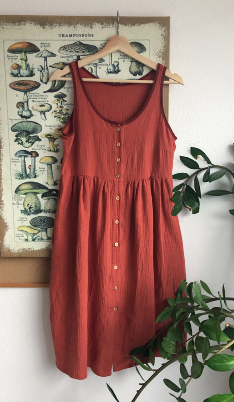 Spring / Summer Dress Double Gauze Brick First Sample with linen detail