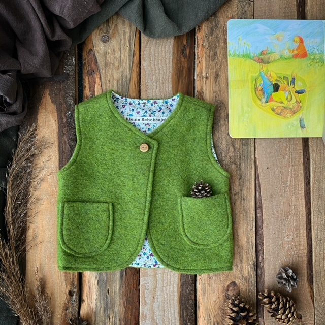 Wool vest Mossgreen - Little Flowers  74/80