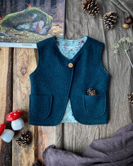 Wool Vest Dark Green Forest Animals Size 110/116