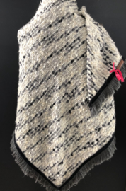 Omslagdoek frotté wol - grijstinten op wolwit.