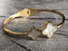 RVS (stainless steel) bangle Klik-armband. Ingelegd met echt parelmoer. Goudkleurig.