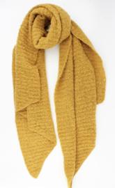 Langwerpige  super soft sjaal met ribbel. Uni okergeel.