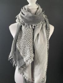 Lichtgewicht langwerpige cheetah sjaal. Dubbelzijdig. Licht grijs.