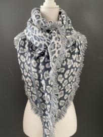 Lichtgewicht panter sjaal. 3-hoek vorm. Jeans blauw