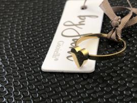 Stainless steel (RvS) ring. 'Hart'.  Goudkleurig.